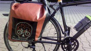 naklejki na sakwy rowerowe